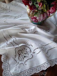 """Exquisite Handmade Point de Venise & Filet Lace Antique Small Tablecloth 35 1/2"""""""