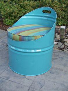 Pallet Outdoor Furniture Laguna Sky Blue Indoor/Outdoor Club Drum Chair with Cushion Pallet Furniture Designs, Wooden Pallet Furniture, Wooden Pallets, Repurposed Furniture, Barrel Furniture, Pallet Sofa, Furniture Projects, Lawn Furniture, Skid Furniture