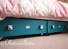 use old dresser drawers to create under bed storage. use old dresser as buffet. Underbed Storage Drawers, Diy Storage Bed, Under Bed Storage, Storage Boxes, Storage Spaces, Extra Storage, Underbed Storage With Wheels, Storage Compartments, Bedroom Storage
