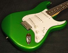 Fender Custom Shop Cruz Lime Green - Friday Strat #297 ~ Guitar Blog for Strat Players   Stratoblogster