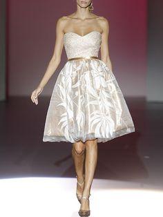 Vestidos cortos para bodas de día: Hannibal Laguna