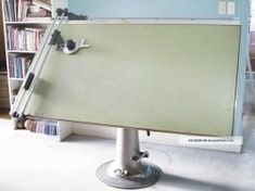 Antique Nike Eskilstuna Hydraulic Drafting Table Photos and Information in AncientPoint Antique Drafting Table, Industrial Drafting Tables, Industrial Furniture, Drafting Desk, Table Furniture, Vintage Furniture, Architect Table, Diy Easel, Loft Spaces