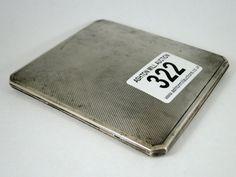 322) Art deco period silver engine turned cigarette case – London 1940 – 102g Est. £30-£40