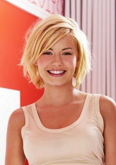 Best and Sexiest Short Hairstyles and Haircuts You Have to Try https://www.fashionetter.com/2017/03/21/best-sexiest-short-hairstyles-haircuts-try/