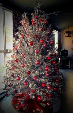 Vintage Christmas, Vintage aluminium Christmas tree