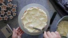 NOMU's Festive Gingerbread Cake Gingerbread Cake, High Tea, Super Easy, Icing, Festive, Desserts, Recipes, Food, Tea Time