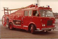Ex London Fire Brigade Dennis Pump Escape Fire Dept, Fire Department, Fire Equipment, World On Fire, Rescue Vehicles, Fire Apparatus, Emergency Vehicles, Fire Engine, Commercial Vehicle