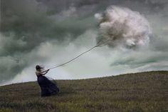 KATHARINA JUNG: scatti concettuali surreali dalla bellezza evocativa [FOTO]