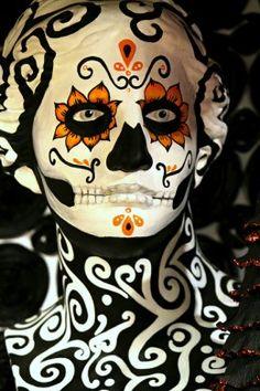 Halloween Costume Ideas for Women #halloween #costumeideas #halloweencostumes