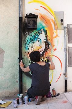In process...Great energy at CVTà Street Fest by Alice Pasquini, photo by Alessia Di Risio.