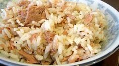 Aprenda a fazer uma deliciosa receita de arroz de atum. É fácil de preparar e uma refeição deliciosa para um bom almoço ou jantar.