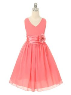 ♡ Coral flower girl dress. Not sure I want a flower girl, but this is cute.