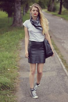 street style fashion blog leather skirt