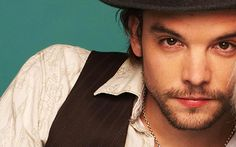 Andrew Lee Potter - Mad Hatter in SyFy's Alice