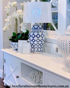 Blue & White Marrakesh Ceramic Lamp With Shade Hamptons Style Decor, Hamptons House, Hamptons Style Bedrooms, White Home Decor, Cheap Home Decor, Hm Home, White Houses, New Blue, New Wall
