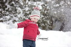 Winter Family Photos Winter Family Photos, Children And Family, Family Photography, Winter Hats, Crochet Hats, Knitting Hats, Family Photos, Family Pics, Winter Family Pictures