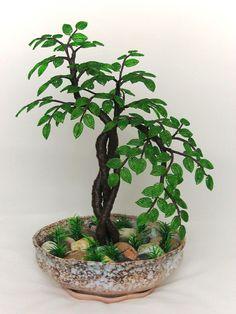 Дерево зеленое