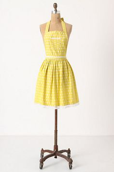 Yellow Polka Dot Apron. Redic Cute. Perfect to add to my collection :)