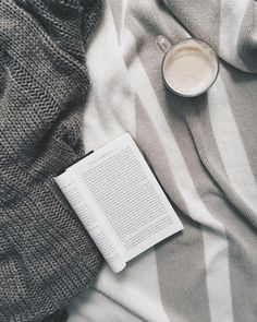 Cozy mornings. Who else is excited to take a little break for Christmas!? Only 6 more days.  #mornings #cozy #warm #blankets #life #reading #coffee #relax #break #countdown #inspired