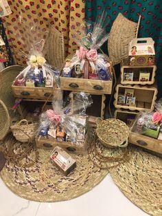 Ramadan Cards, Ramadan Gifts, Eid Crafts, Diy And Crafts, Wedding Gift Wrapping, Wedding Gifts, Desi Wedding Decor, Flamingo Wallpaper, Ramadan Activities