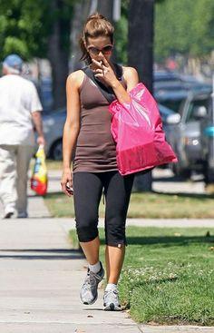 Celebrity Moms Who Smoke: From Katie Holmes to Gwyneth and J-Lo, Secret Smokers that will Shock You (Photos) Smoking Celebrities, Hottest Female Celebrities, Celebs, Celebrity Smokers, Celebrity Moms, Smoking Ladies, Girl Smoking, Jennifer Lopez Smoking, British Costume