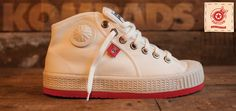 Grooms + groomsmen shoes / Komrads Lenin - Whites