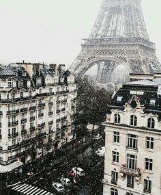 Pinterest: • fab5ever • Instagram: brunette_traveler
