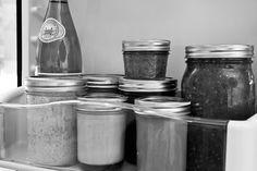 The Superfood Secret (kefir whey) to Making Homemade Condiments Last for Weeks Marinade Sauce, Wie Macht Man, Emergency Preparation, Unprocessed Food, Fermented Foods, How To Make Homemade, Preserving Food, Kefir, Food Hacks