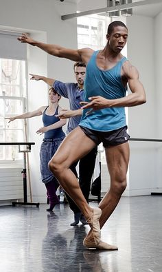 Alonzo King Lines Ballet http://theworlddances.com/ #ballet #dance