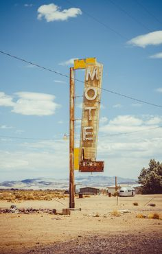 My Mojave, by Jerry Frissen -Mohave Road Trip Photo Usa, Station Essence, Desert Aesthetic, Mojave Desert, Nevada Desert, Photo Deco, Desert Dream, Desert Days, Fallout New Vegas