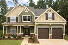 HardiePanel® vertical siding is now available at WinDura! HardiePanel® provides value and durability in a distinct style suited to many Kansas City homes.