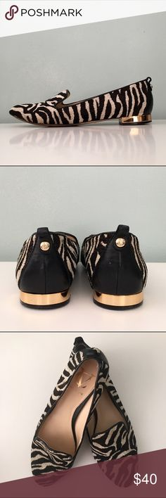 """🎉HP🎉 Vince Camuto VC Signature """"Adeline"""" Loafer Like new. *Classic Chic Host Pick* Zebra fabric with leather trim. .5"""" gold heel. Notched camp. Leather insole and lining. Black & white. Keywords: flat, flats, loafer, loafers, smoking shoe, driving shoe, work, career, out, trendy Vince Camuto Shoes Flats & Loafers"""