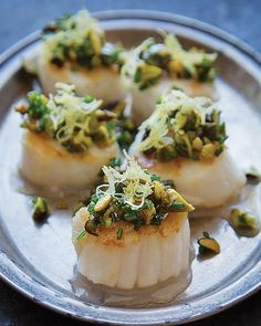 Such an easy little appetizer. Scallops are always a treat.