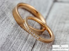 """Wedding Rings + """"Memory"""" + + + 585 + rose gold + 3063 + of + jewelry + messages on + DaWand . Gold Wedding Rings, Wedding Ring Bands, Silver Rings, Small Diamond Rings, Vintage Gold Rings, Gold Mangalsutra, Wedding Day Gifts, Rose Gold Jewelry, Rings For Men"""