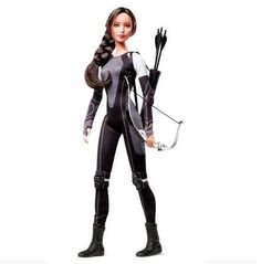 Panem Ministry of Propaganda - First Look at the Katniss 'Catching Fire'Barbie