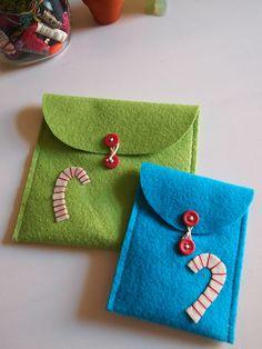 felt envelopes!