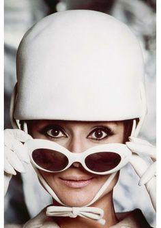 #AudreyHepburn #Fashion #Eyewear #Sunglasses