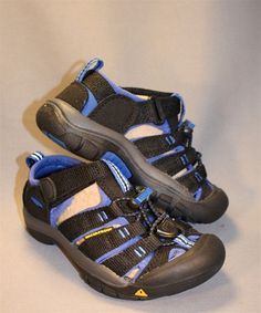 A dark shoe with just a pop of color! Perfect for all Summer Activities! Machine Washable and extremely durable, the keen sandal is the ultimate Summer shoe! Boys Casual Shoes, Kid Shoes, Birkenstock Florida, Summer Activities, Little Man, Summer Shoes, Color Pop, Hiking Boots, Sandals