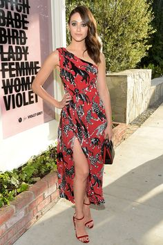 2f820235acc Mila Kunis Is Mad for Plaid — Plus More Can t-Miss Star Looks!