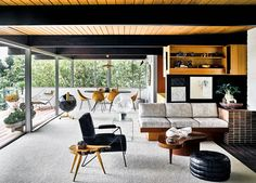 Richard Neutra Hailey Residence - mid-century house - living room