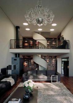 wohnzimmer auf 2 ebenen spiraltreppe gestalten schöner kronleuchter