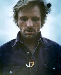 .. Viggo Mortensen