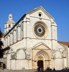 La iglesia de la Abadía cisterciense de Fossanova  (gotico italiano)