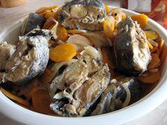 Peste marinat la cuptor (fără morcovi merge și la pp) Romanian Food, Pot Roast, Pork, Ethnic Recipes, Shrimp, Fish, Calamari, Carne Asada, Kale Stir Fry