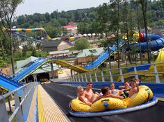 THE CROWDS AWARD…The World's Wildest Water Parks HOLIDAY WORLD & SPLASHIN' SAFARI , SANTA CLAUS , INDIANA , USA , The world's two longest water coasters , THE TRAVEL GUIDE…
