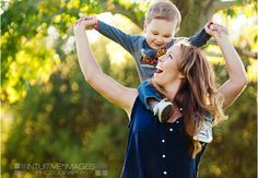 Mother Baby Photography, Children Photography, Photography Poses, Family Photography, Family Photos What To Wear, Fall Family Pictures, Baby Boy Photos, Baby Pictures, Mother And Baby