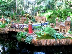 The Holiday Train show at the NYBG look's so beautiful and like a little fairy city! #NYC #NYBG