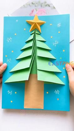 Christmas Arts And Crafts, Winter Crafts For Kids, Preschool Christmas, Diy Christmas Cards, Kids Christmas, Holiday Crafts, Origami Christmas Tree, Christmas Decorations, Easy Origami For Kids