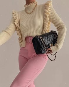 Chic Outfits, Pretty Outfits, Fashion Outfits, Womens Fashion, Korean Street Fashion, Winter Outfits Women, Clothing Hacks, Ootd, Trending Outfits