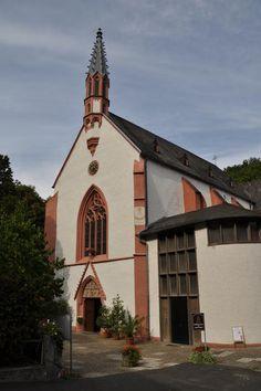 Die Klosterkirche von Marienthal bei Geisenheim im Elsterbachtal